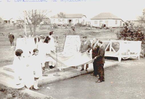 Acto inauguración busto Sarmiento