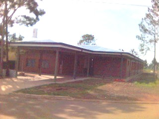 """Nuestra escuela y su comunidad                                    (vea en """"enlaces"""" la pagina web completa)"""
